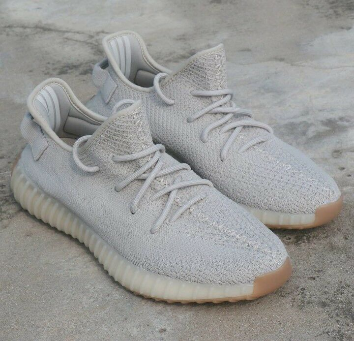 ac3b65967c6ae Yeezy boost 350 v2 Sesame Adidas UK 9- New with tags
