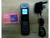 SAMSUNG FLIP' MOBILE PHONE:
