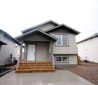 VERY CLEAN Main Floor (3 Bedrooms) - Available Immediately
