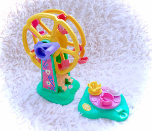 1996 Polly Pocket Rides 'n Surprises Ferris Wheel Tea Cup Ride