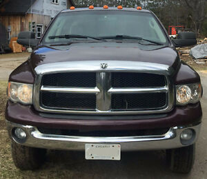 2005 Dodge Power Ram 2500 Crew Cab Long Box Pickup Truck