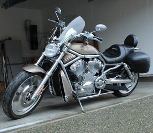 2004 Harley Davidson V-Rod Campbell River Comox Valley Area image 1
