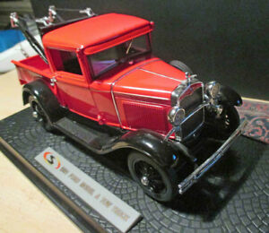 (C 12)  Signature Models  1931 Ford Tow Truck