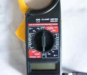 Clamp meter ( new ) with 1 year warranty