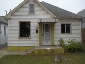 2 BR House on Burnell, Available Immediately
