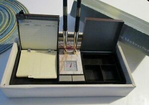 Vintage Desk Mate - Pens, Pen Holder, Desk Set Kitchener / Waterloo Kitchener Area image 2