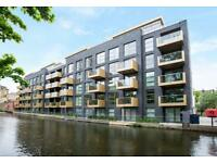 1 bedroom flat in Amberley Waterfront, Maida Vale W9