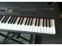 Yamaha S 80 Keyboard Synthesiser