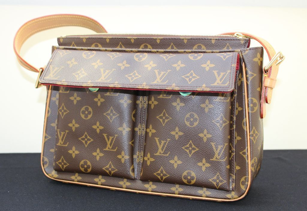 Louis Vuitton 2000s Louis Vuitton Vintage Monogram Silver Bag