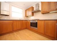 4 bedroom flat in Eade Road, Manor House
