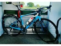 ALMOST NEW Giant Defy Advanced 3 2016 FULL Carbon Road Bike