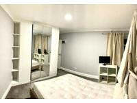 1 bedroom flat in Greenford, UB6