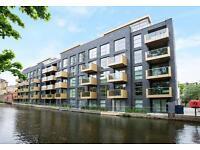 1 bedroom flat in Amberley Waterfront, Amberley Road, Maida Vale W9