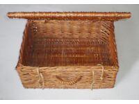 Large rustic rattan storage basket box for picnic, shop display or home decor