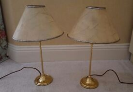 2 vintage table lights - good condition