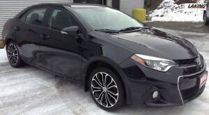2014 Toyota Corolla SPORT MANUAL TRANSMISSION One Owner, Heated
