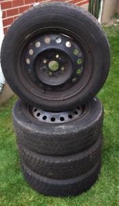 4 pneus sur jante/4 tires on rims