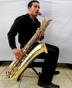 BARITONE SAXOPHONE!!!! PLEASE CONTACT ME IF YOU HAVE ANY SAXOPHO