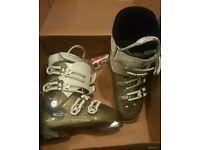 Ski Boots Atomic Ladies size 5