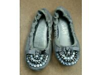 Girls Ballet Style Shoes. Size 13.
