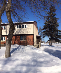 Townhouse for rent in Selkirk MB. (305-50 Mercy St.)