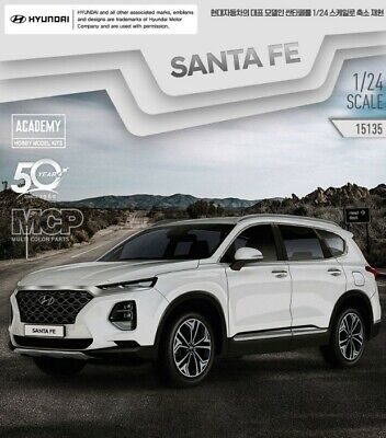 Academy Model No. 15135 1/24 Scale Hyundai Santafe FE TM Car Plastic agiuksh