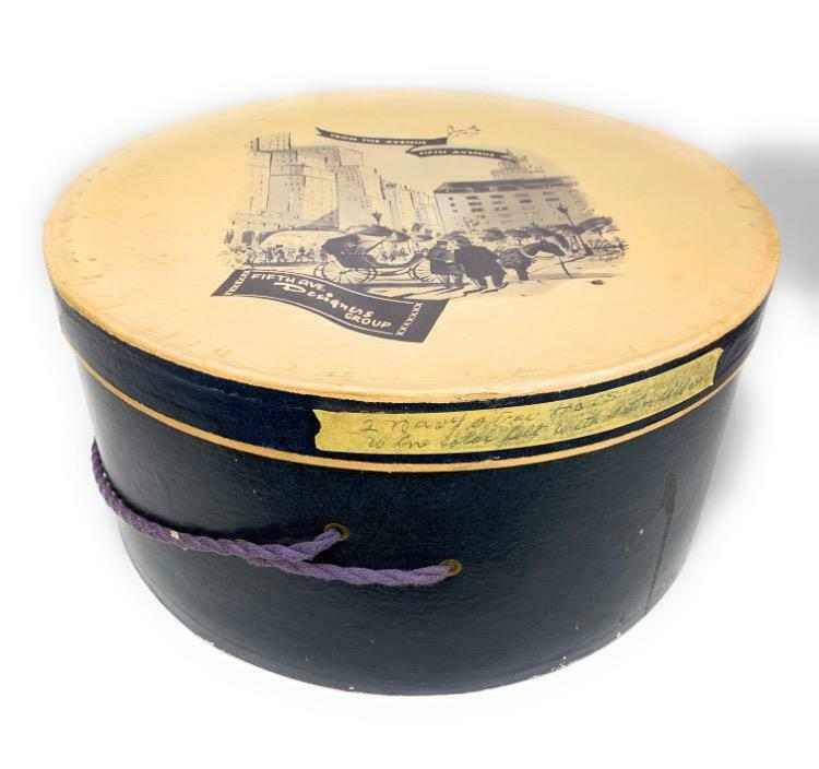 "Fifth Avenue ""From the Avenue"" Fifth Avenue Design Group Round Hat Box 7x13.5"