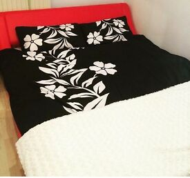 Red Madrid king size bed and mattress