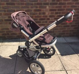 Quinny buzz 3 wheeler, with carry cot and maxi cosi car seat