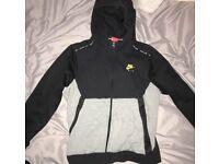 Black n yellow nike hoodie
