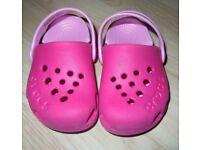 Girl's Light & Hot Pink Crocs UK6 Ex Cond