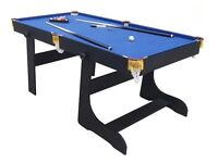 Foldable snooker/pool table