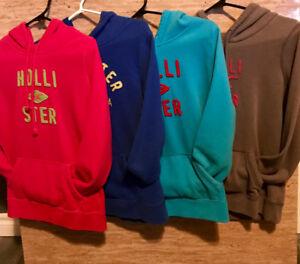 Medium  Hollister Clothing