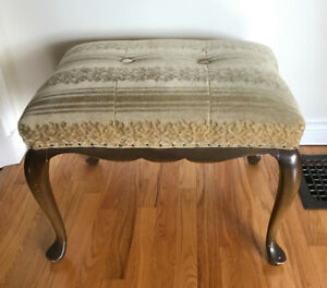 Solid wood upholstered bench