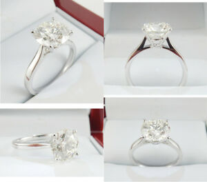 2.36ct Diamond set in 18K White Gold Engagement Ring