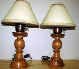 LAMPES de TABLE 2 styles-GLOBE antique  ...TABLE LAMPS-GLOBE