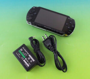 PSP 1000 - Custom firmware ( PLAYS FREE DOWNLOADABLE GAMES )