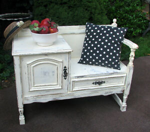 SHABBY CHIC BENCH WITH STORAGE - SML SHABBY CHIC SIDEBOARD