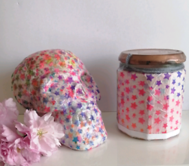 Glitter stars skull and jar