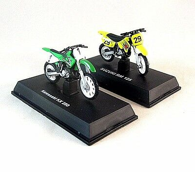 2 SET MOTORCYCLE KAWASAKI KX 250+SUZUKI RM 125 NEWRAY 1:32 COLLECTOR'S MODEL,NEW