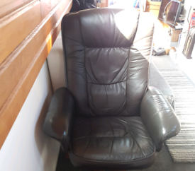 Swivel recliner leather chair
