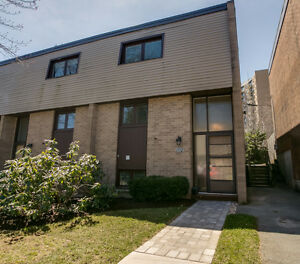 Great townhouse - **Open House this Sunday 2-4 PM **