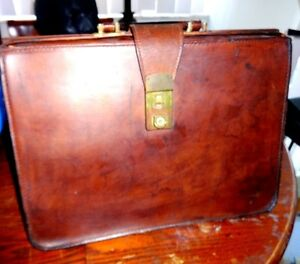 VINTAGE DOCTOR'S LEATHER BAG - LAPTOP BRIEFCASE? School Satchel