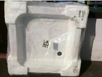 700x700 shower tray new