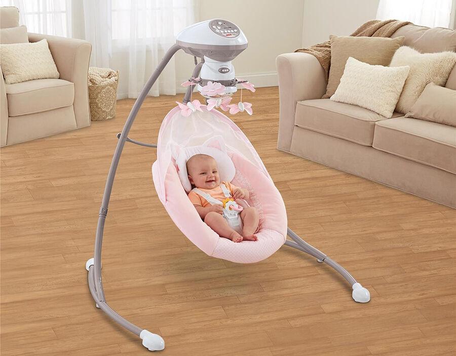 Sanft in den Schlaf gewiegt: die Hersteller von Babyschaukeln im Überblick