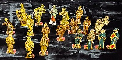 LOT OF 19 VINTAGE MARX TIN LITHO TOY WORLD WAR SOLDIERS