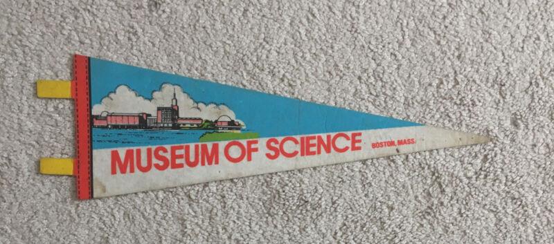 "Vintage ""MUSEUM OF SCIENCE"" BOSTON, MASS. Felt Souvenir Pennant, 14 1/2"" x 5"""