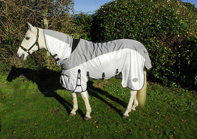 6'3 Rhinegold Masai3 Full Neck Fly Rug With Waterproof Topline And Side Skirts