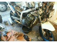 Suzuki gsxr 1100 slabside breaking for spares