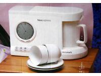 Teasmade - Micromark Tea maker / clock / alarm - MM52121 Tea Express